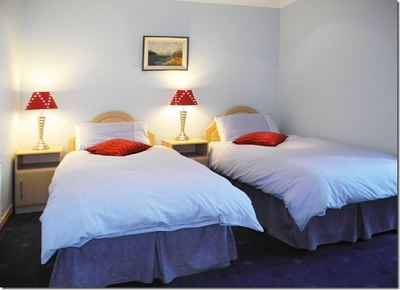 atlantic and riverside bed and breakfast accommodation twin room